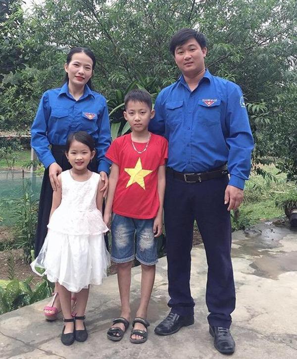 Gia đình trẻ tiêu biểu: Hạnh phúc là được chia sẻ công việc gia đình
